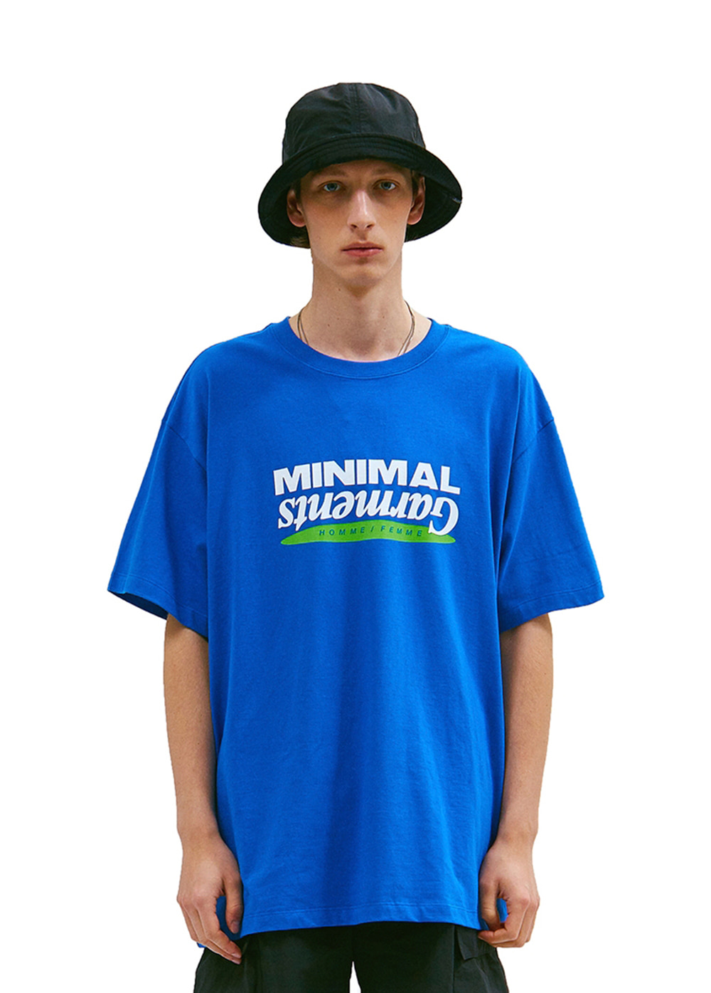 MINIMAL GRAPHIC LOGO TEE blue