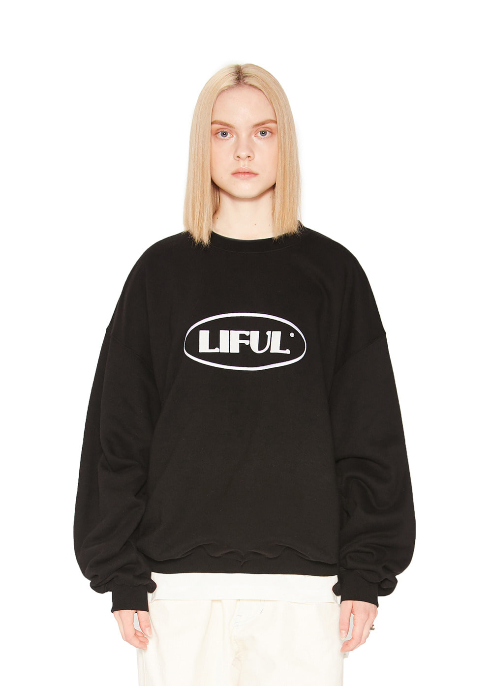 OVAL LOGO SWEATSHIRT black