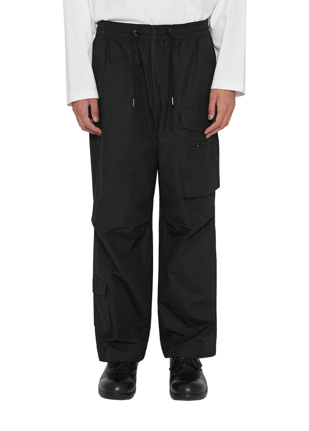 LIFUL KNEE TUCK CARGO PANTS black
