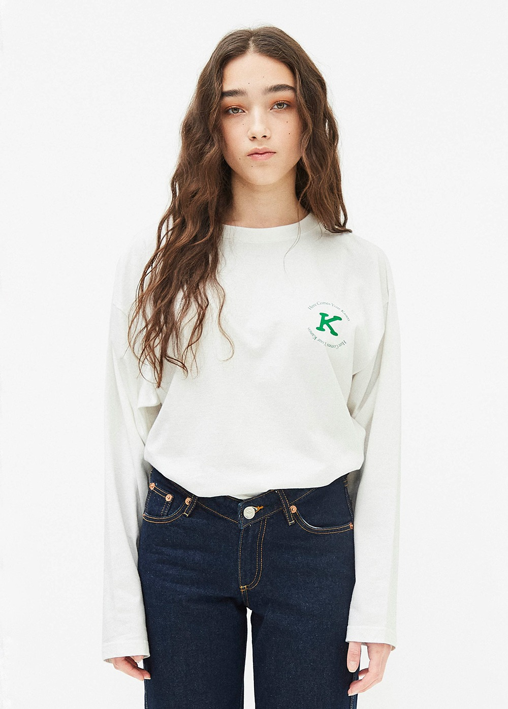 KANCO SERIF LONG SLEEVE TEE off white