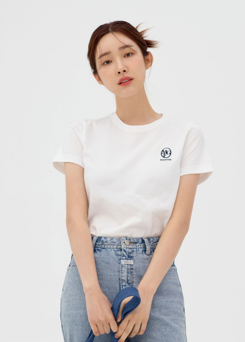 MARITHE W EMBROIDERY TEE white