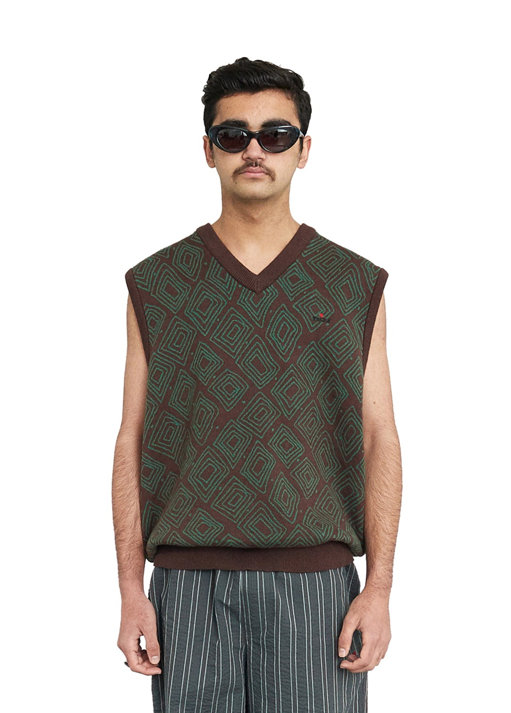 FUZZ DIAMOND BLOCK JACQUARD VEST brown