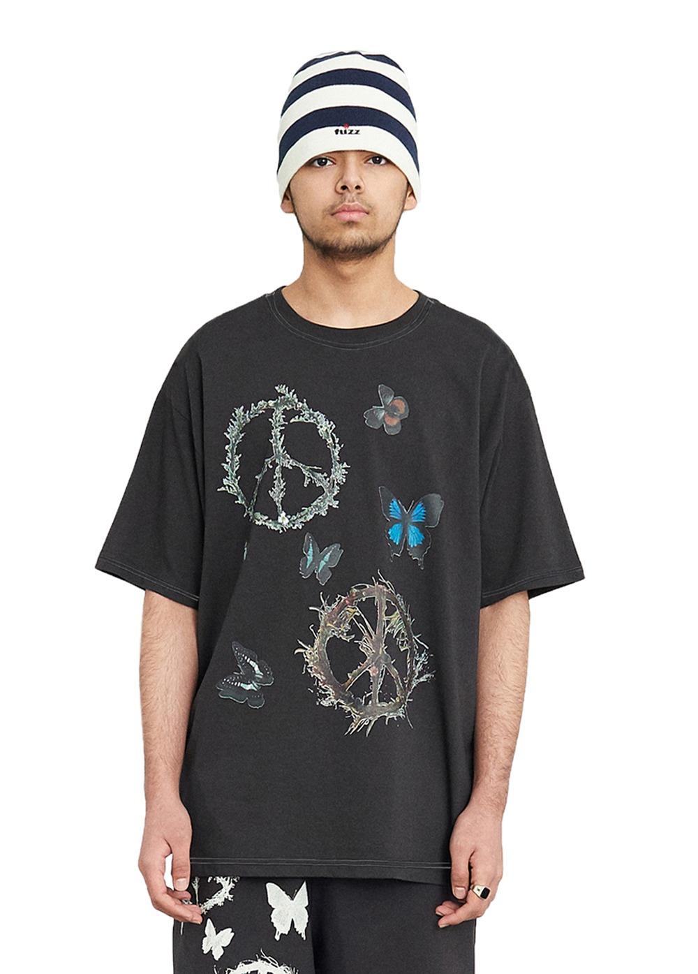 FUZZ PEACE WORLD S/S TEE dark charcoal